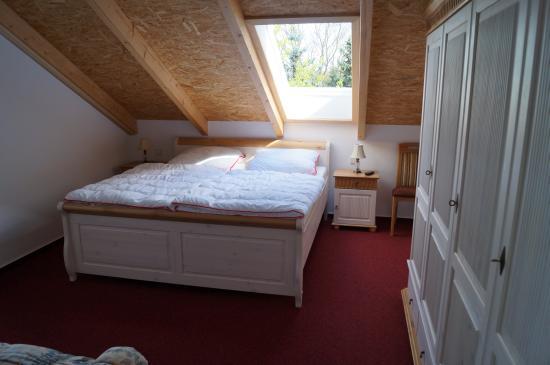 Bilder infos zur ferienwohnung in brandenburg havel for Kleine ausziehcouch